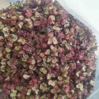 自己家种植的花椒,粒大,颜色红,籽少,味道纯正,保证一手货源,没有经过任何加工,货源充足,要多少有多少,欢迎求购